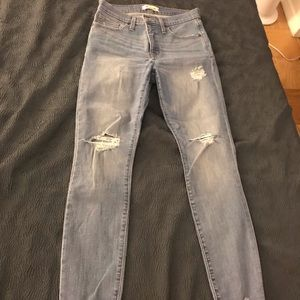 """Madewell 9"""" high rise skinny jeans 28 ripped"""
